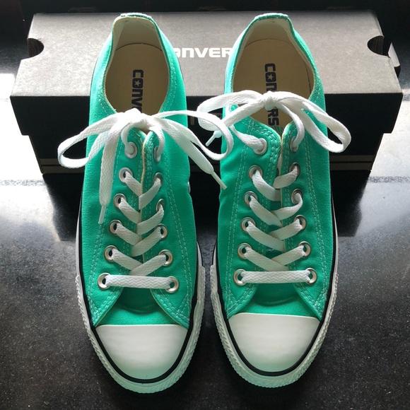 9ffe203550a3f2 Converse Shoes - NWOT Converse Menta Chuck Taylor Low Tops